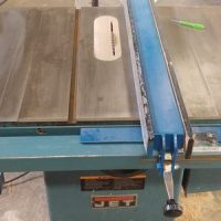 Factors to consider while buying a table saw